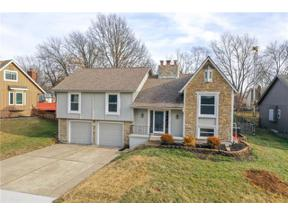 Property for sale at 4065 Lido Drive, Lees Summit,  Missouri 64082
