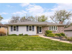 Property for sale at 2036 NE Concord Street, Lee'S Summit,  Missouri 64086