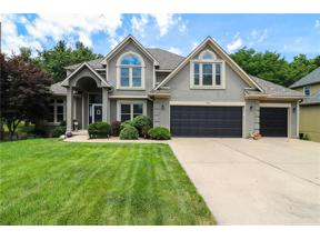 Property for sale at 704 NE Plumbrook Place, Lee's Summit,  Missouri 64064