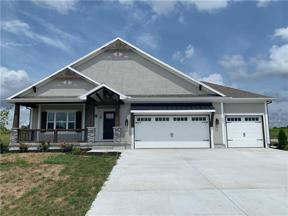 Property for sale at 301 SW Chelmsford Drive, Blue Springs,  Missouri 64014