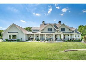 Property for sale at 13185 Lakeshore Drive, Olathe,  Kansas 66061