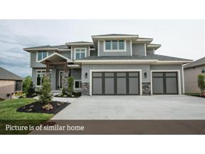 Property for sale at 2536 NE Willow Creek Lane, Lee'S Summit,  Missouri 64086