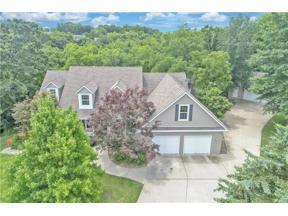 Property for sale at 1012 NE Bryant Court, Lee's Summit,  Missouri 64086