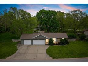 Property for sale at 127 N Winnebago Drive, Lake Winnebago,  Missouri 64034