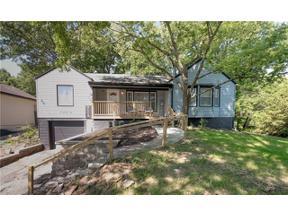 Property for sale at 135 Beach Drive, Lake Tapawingo,  Missouri 64015