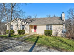 Property for sale at 435 Lake Paradise Road, Oak Grove,  Missouri 64075