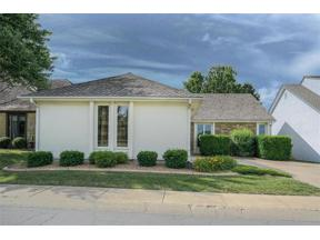 Property for sale at 4902 NE Pebble Beach Drive, Lee's Summit,  Missouri 64064