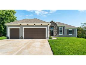 Property for sale at 112 NW Ironbark Street, Lee's Summit,  Missouri 64064