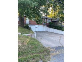 Property for sale at 1308 S Hedges Avenue, Independence,  Missouri 64052