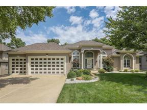 Property for sale at 6225 Northlake Drive, Parkville,  Missouri 64152