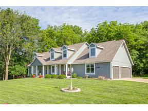 Property for sale at 105 Seneca Lane, Lake Winnebago,  Missouri 64034