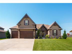 Property for sale at 709 Admiral Byrd Court, Lee's Summit,  Missouri 64082