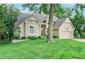 Property for sale at 4104 NE Pembroke Lane, Lee'S Summit,  Missouri 64064