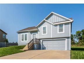 Property for sale at 740 Olive Street, Gardner,  Kansas 66030