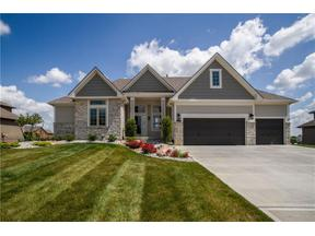Property for sale at 732 SW Estates Drive, Lee'S Summit,  Missouri 64082