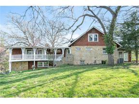 Property for sale at 2815 W Dennis Avenue, Olathe,  Kansas 66061