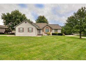 Property for sale at 1702 Nottingham Drive, Pleasant Hill,  Missouri 64080