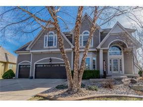 Property for sale at 2507 NE Lake Breeze Drive, Lee's Summit,  Missouri 64086