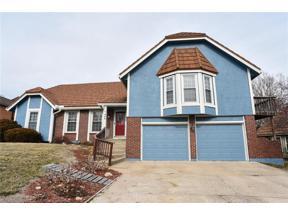 Property for sale at 300 NW Ponderosa Street, Lee's Summit,  Missouri 64064