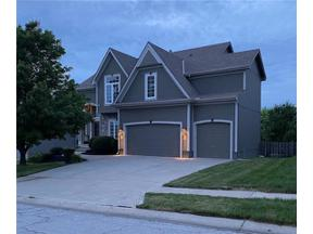 Property for sale at 804 Creekmoor Pond Lane, Raymore,  Missouri 64083