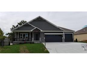 Property for sale at 1012 SE Wood Ridge Court, Blue Springs,  Missouri 64014