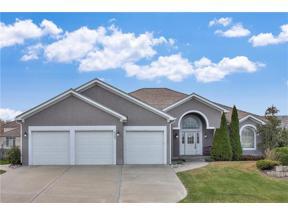 Property for sale at 4244 NE Tremont Court, Lee's Summit,  Missouri 64064