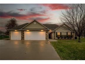 Property for sale at 1105 SW Badger Court, Oak Grove,  Missouri 64075