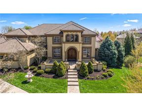 Property for sale at 13911 Mohawk Road, Leawood,  Kansas 66224