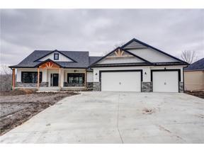 Property for sale at 4 Black Hawk Drive, Lake Winnebago,  Missouri 64034