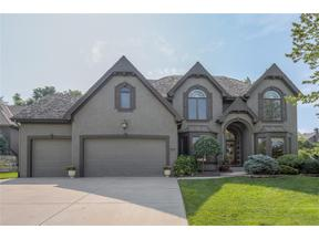 Property for sale at 6105 Westwood Court, Parkville,  Missouri 64152