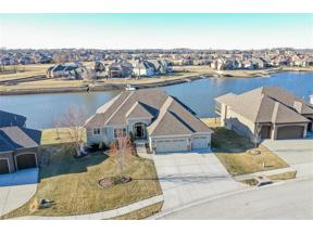 Property for sale at 1300 Lakecrest Circle, Raymore,  Missouri 64083