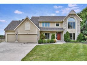 Property for sale at 605 NE Plumbrook Place, Lee'S Summit,  Missouri 64064