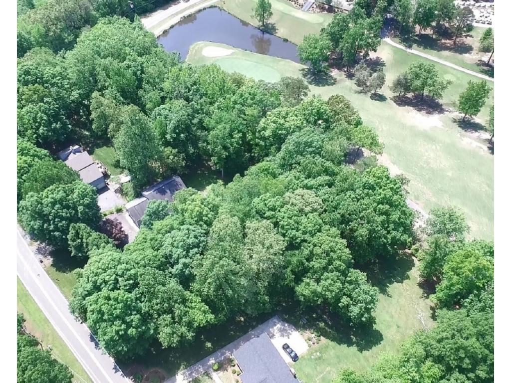 Photo of home for sale at 853 Indian Valley Drive, Burlington NC
