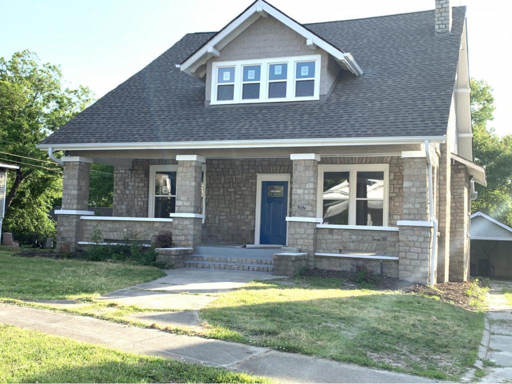 Photo of home for sale at 307 5Th Street E, Burlington NC