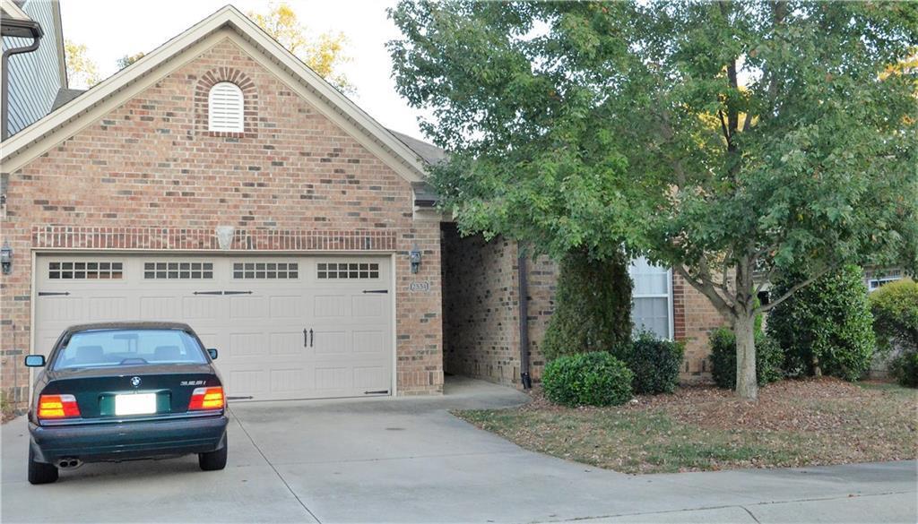 Photo of home for sale at 2534 Saintsbury Drive, Burlington NC