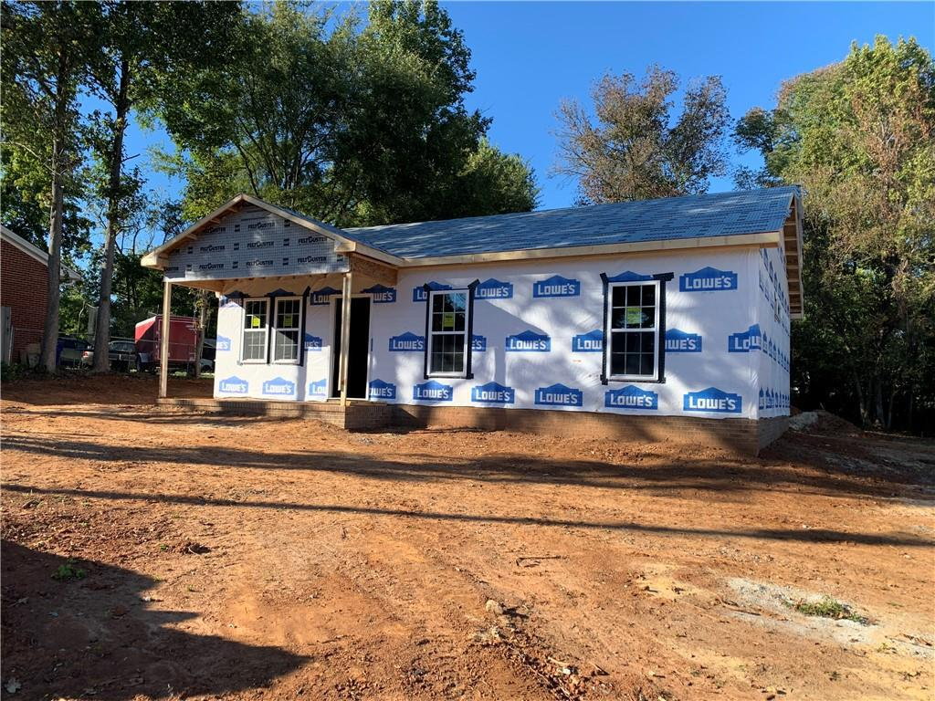 Photo of home for sale at 619 Whitsett Street W, Graham NC