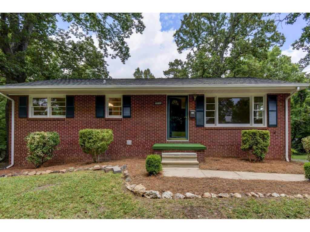 Photo of home for sale at 2232 Wilkins Street, Burlington NC