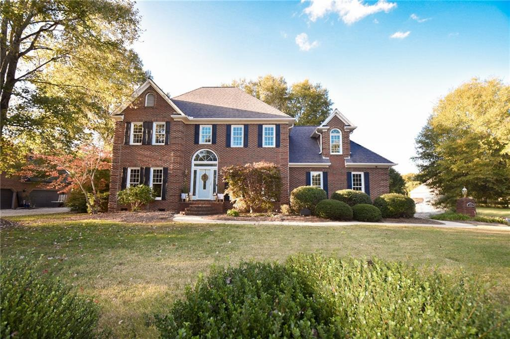 Photo of home for sale at 1382 Pebble Drive, Graham NC