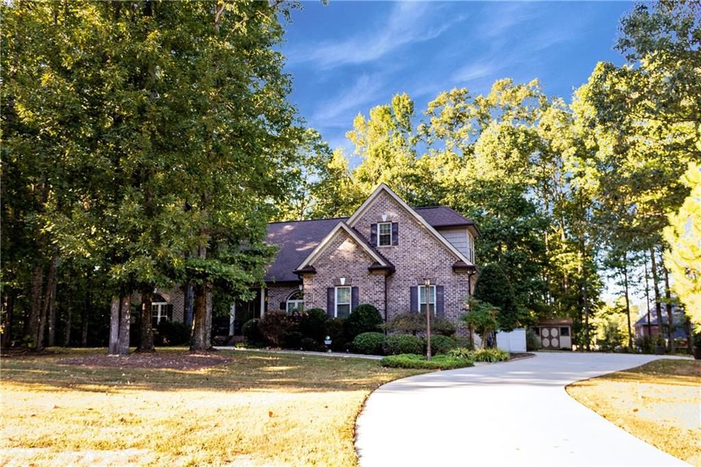 Photo of home for sale at 6997 Summertime Drive, Gibsonville NC