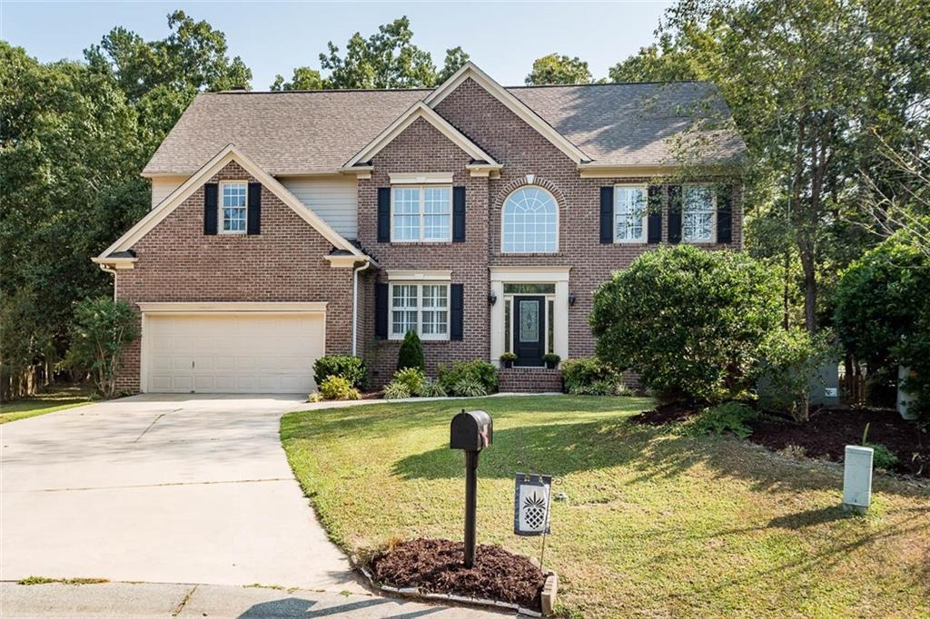 Photo of home for sale at 306 Sawgrass Court, Mebane NC