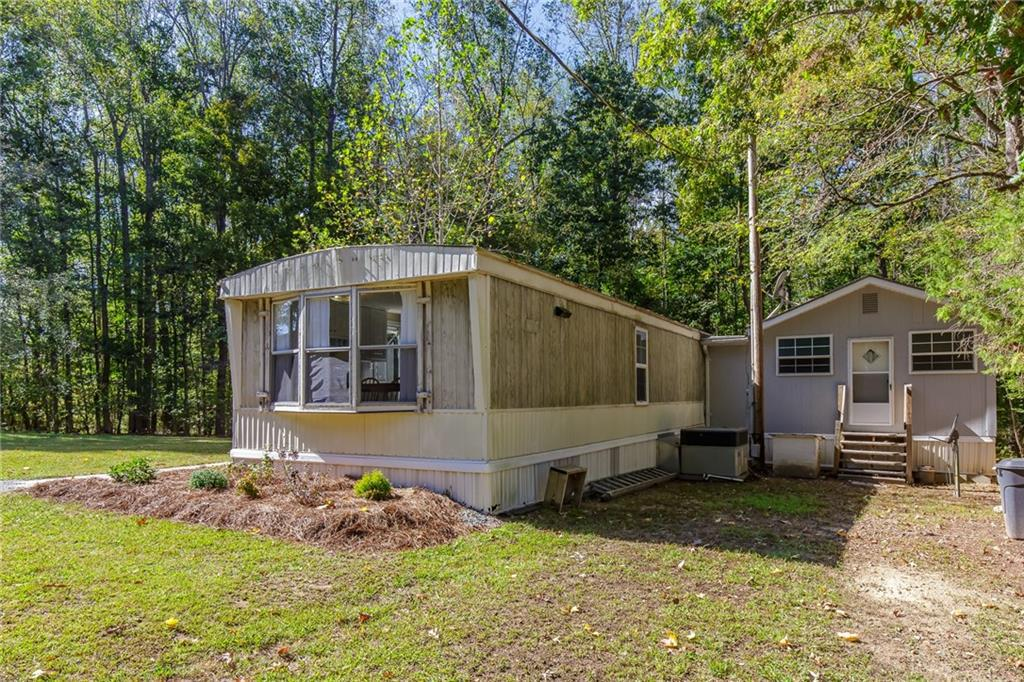 Photo of home for sale at 5330 Preacher Hayes Road, Burlington NC