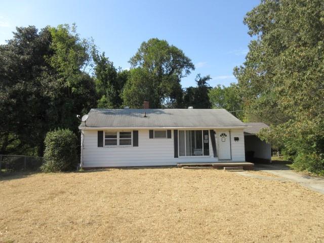 Photo of home for sale at 528 Homewood Avenue, Burlington NC