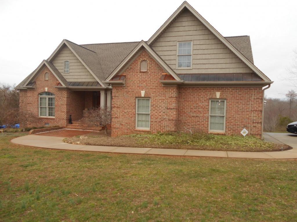 Photo of home for sale at 5250 Sartin Road, Burlington NC