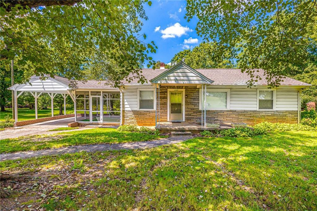 Photo of home for sale at 2369 Huffine Mill Road, McLeansville NC