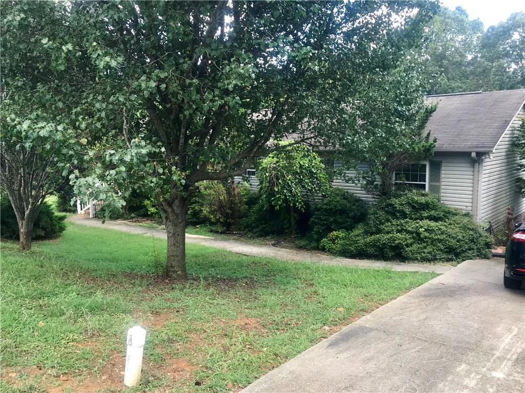 Photo of home for sale at 504 Nina Drive, Graham NC