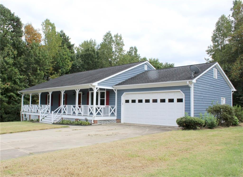 Photo of home for sale at 752 Ridge Road S, Burlington NC