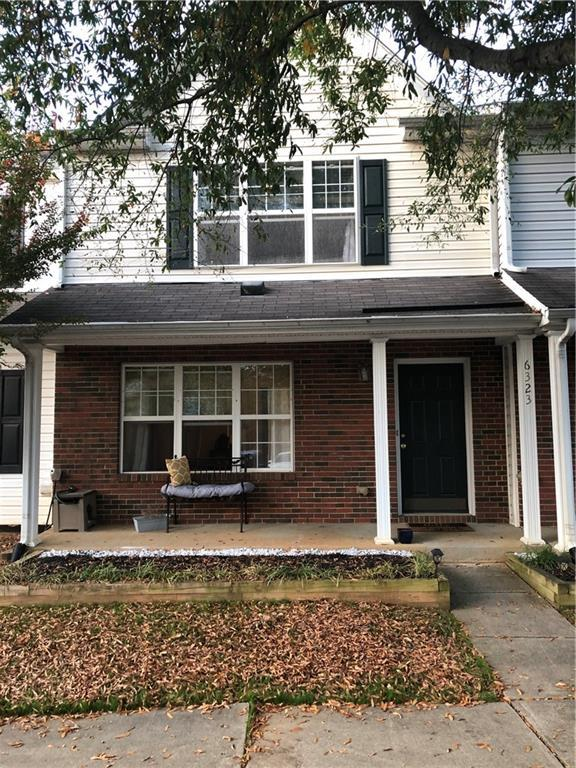 Photo of home for sale at 6323 Hibiscus Court, Whitsett NC