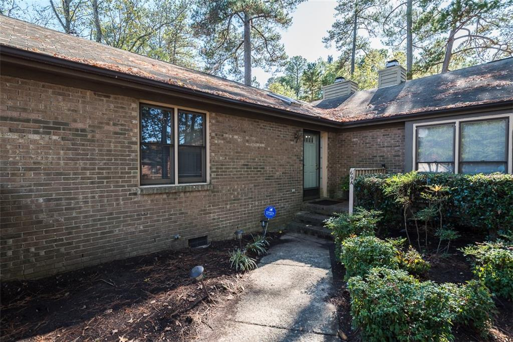 Photo of home for sale at 5500 Fortunes Ridge Drive, Durham NC