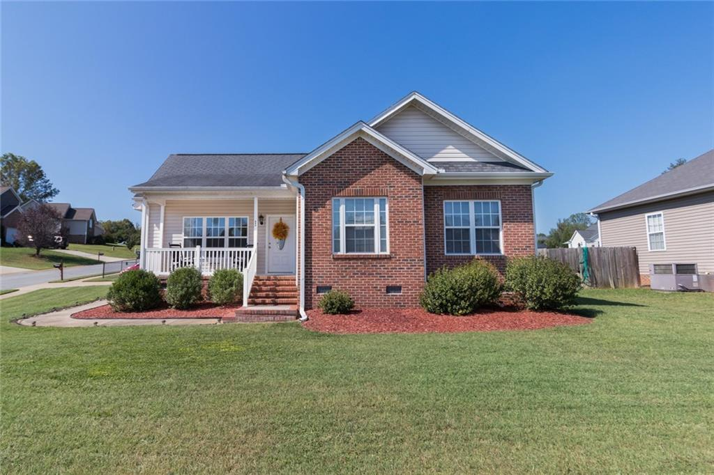Photo of home for sale at 724 Ralph Graham Drive, Graham NC