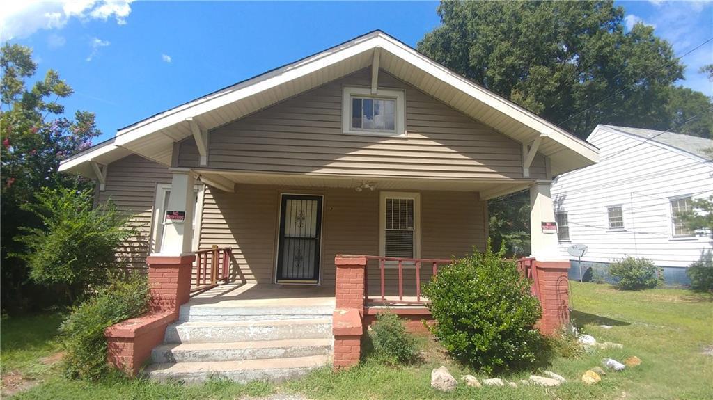 Photo of home for sale at 316 Apple Street, Burlington NC